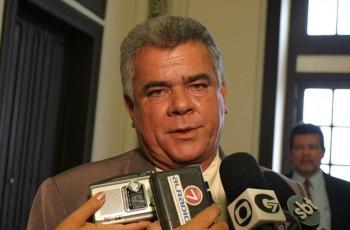 Justiça absolve deputado João Beltrão da acusação de ter mandado matar PM