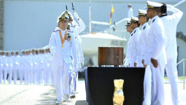 Marinha anuncia concurso com cerca de 600 vagas temporárias e salários de R$ 8.900