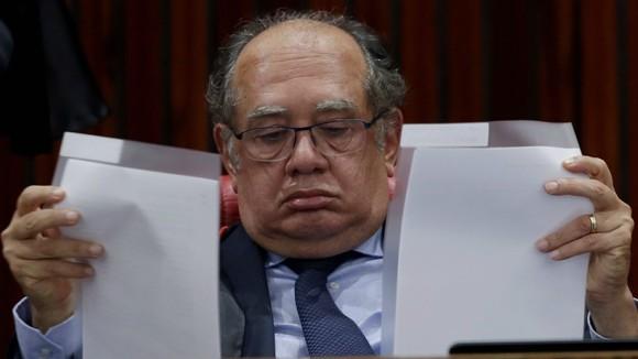 """Juninho Pernambucano ironiza atuação do """"zagueiro"""" Gilmar Mendes: """"Não deixou passar nada"""""""