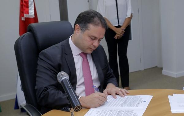 NESTA SEXTA-FEIRA (17) Governador assina concessão de incentivos para instalação de empresas