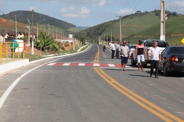 UNIÃO DOS PALMARES Governador assina processo para construção do acesso à Serra da Barriga