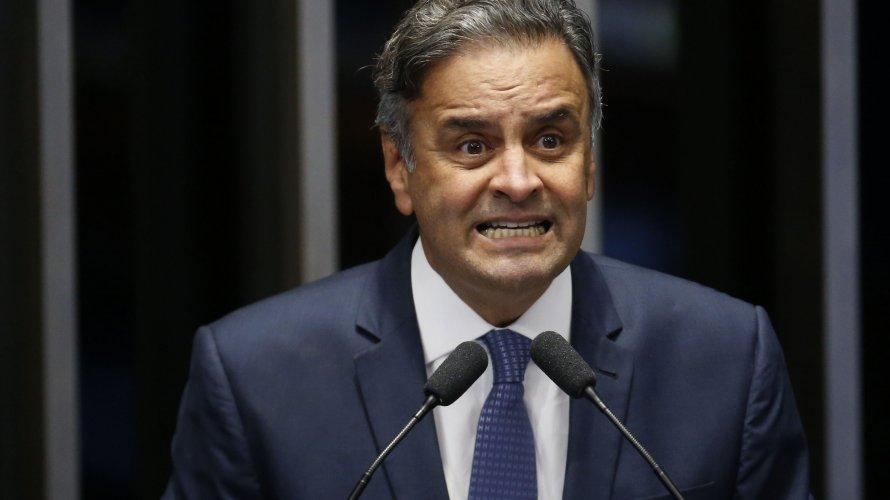écio é vaiado e fica apenas 40 minutos em convenção do PSDB