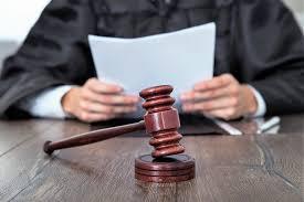 LIMINAR SUPREMA  Juízes autorizam colegas a acumular auxílio-moradia com cônjuges desde 2014