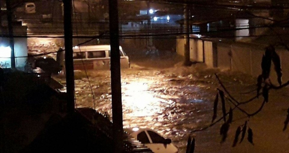 Tempestade causa mortes, enchentes e deslizamentos no Rio
