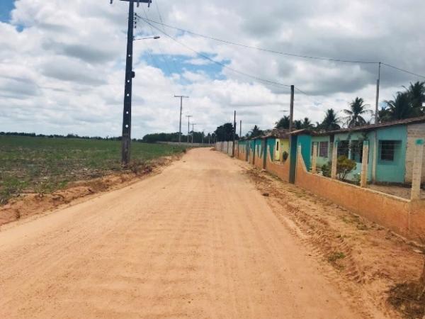NESTA QUINTA (22) Governo assina OS de rodovia que liga os povoados de Retiro a Riachão, em Junqueiro