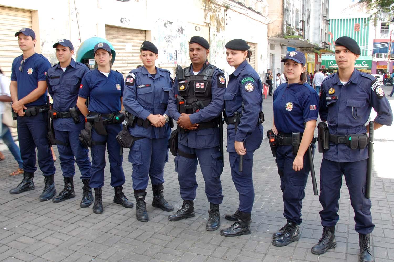 Guardas municipais não têm direito à aposentadoria especial, diz STF