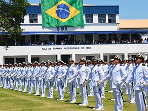 PROCESSO SUSPENSO  TRF-2 mantém decisão que proíbe reforma de militar transexual da Marinha