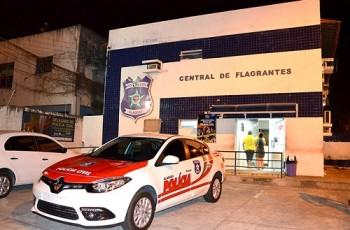 Pastor investigado por estupro de criança em 2013 é preso ao chegar à igreja, em Maceió