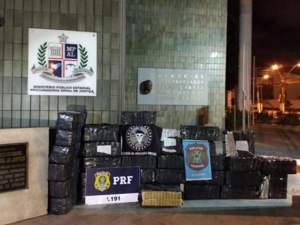 Operação  prende cinco e apreende 620 quilos de maconha em Maceió