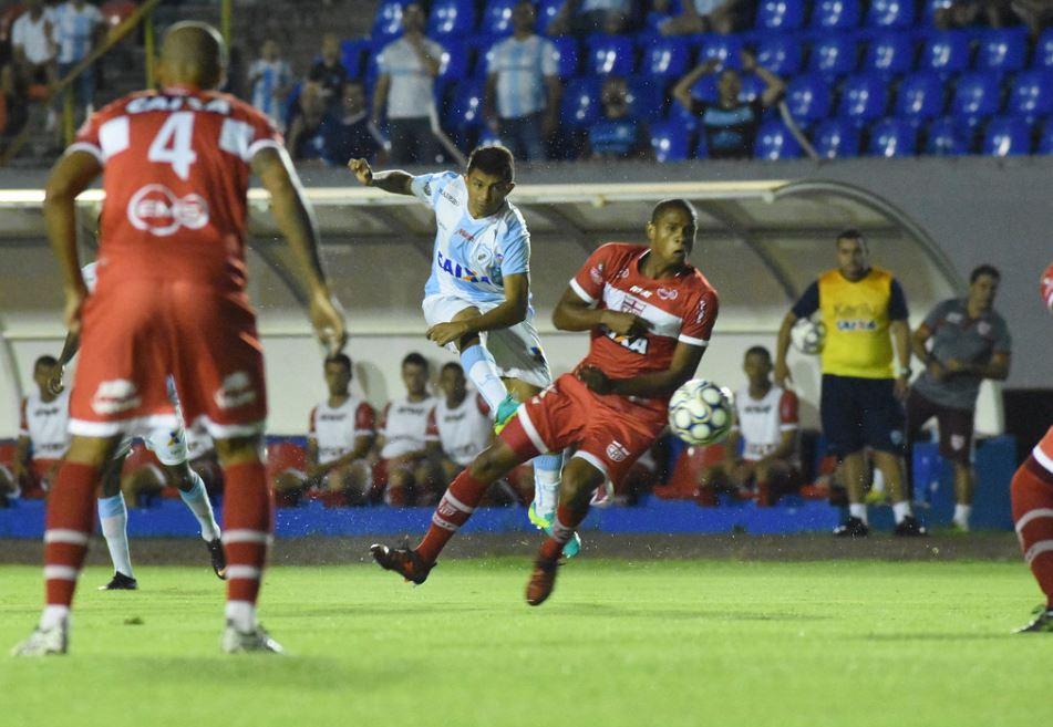 CRB vence Londrina por 2 x 1, equipe subiu para a 14ª colocação