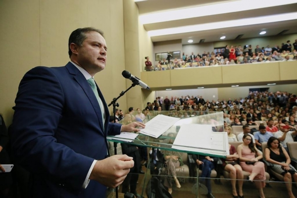 DIPLOMAÇÃO Renan Filho lembra avanços e aponta desafios para o segundo mandato à frente do Governo
