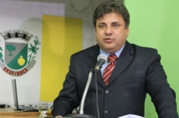 Jário Barros é eleito novo presidente da Câmara Municipal de Arapiraca