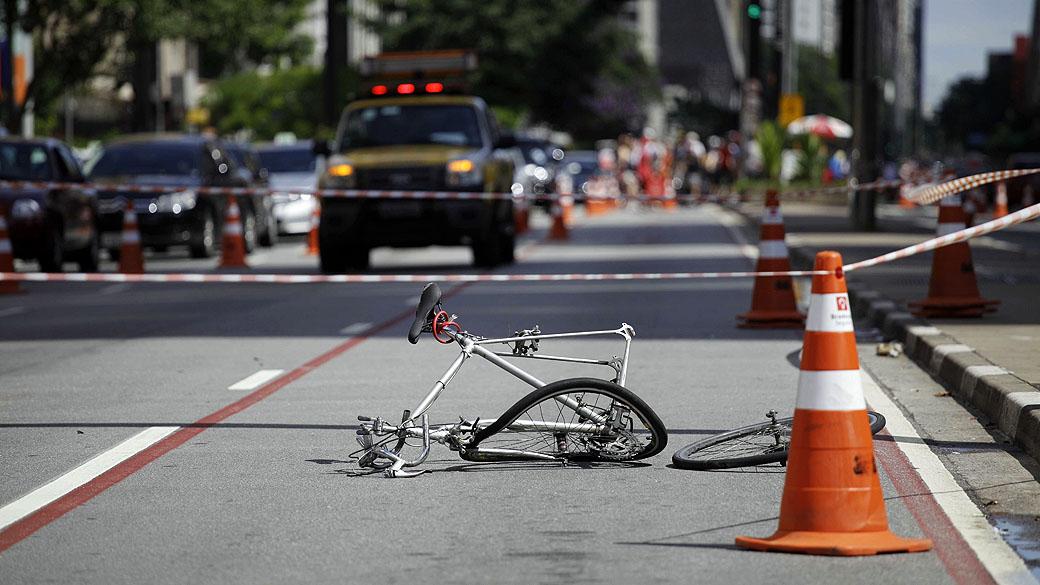 IMPRUDÊNCIA DO MOTORISTA  STJ restabelece indenização a ciclista que perdeu a perna em acidente