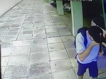 Vídeo mostra suspeito de invadir apartamento e furtar objetos de proprietária, na Ponta Verde