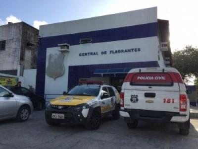 Suspeito de crimes é preso ao oferecer mais de R$ 2 mil a PMS, em AL