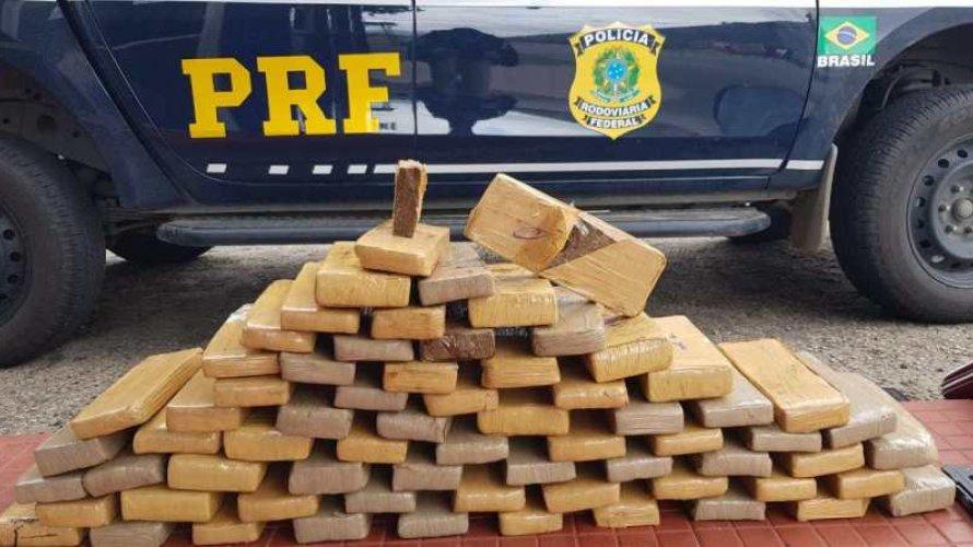 Mulher que já havia transportado drogas para Maceió foi presa com   50 quilos de maconha  na Bahia