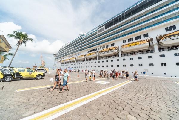 ALTA TEMPORADA Temporada de cruzeiros cresce 30% e trará mais de 33 mil turistas para Alagoas
