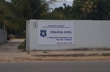 Acusado de estupros em Penedo, empresário do ramo de acessórios automotivos é procurado pela polícia
