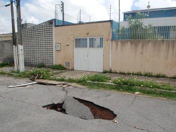 Risco de afundamento esvaziará 2,1 mil imóveis em Maceió