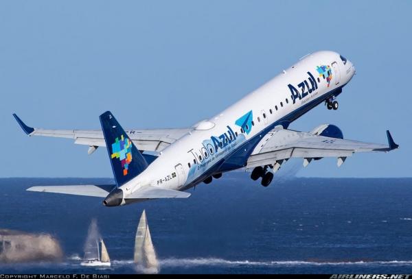 TURISMO Companhia aérea Azul anuncia voos extras para Maceió no carnaval deste ano