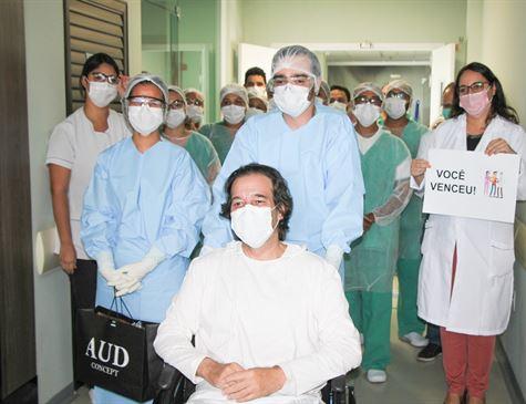CORONAVÍRUS Em Petrolina, paciente com Covid-19 tem alta hospitalar após mais de 20 dias