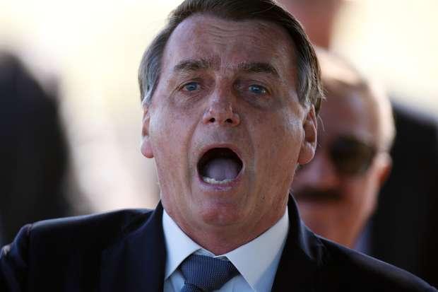 Gabinete do ódio:  Instagram oculta postagem Fake News Bolsonaro com informação falsa