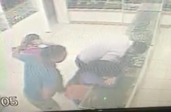 Criminosos armados invadem e assaltam joalheria no Centro de Arapiraca