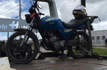 Operação prende pastor com moto roubada e sem capacete no interior de Alagoas