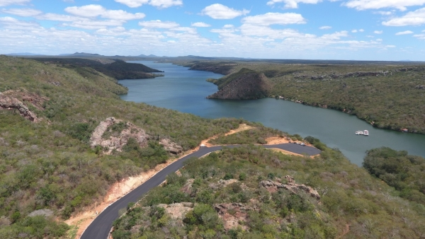 MALHA VIÁRIA Essencial ao turismo, obra de acesso à prainha da Dulce está 80% concluída