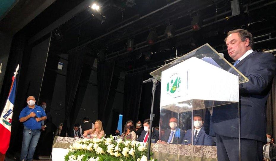 VÍDEO: Prefeito Luciano Barbosa, fala de desafios e proposta para os 4 anos de mandato