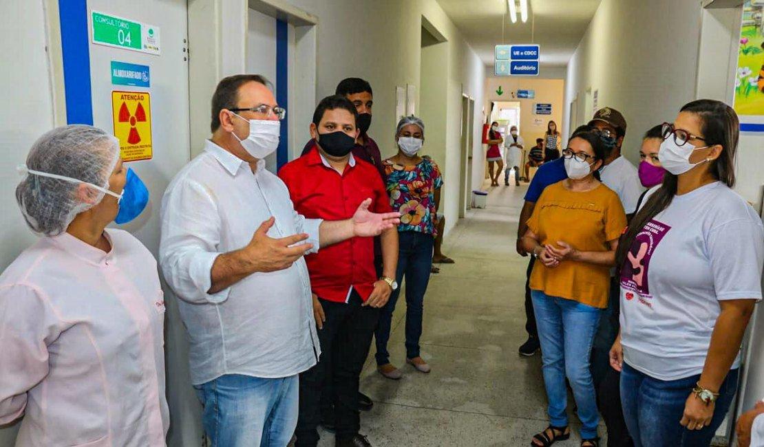 Durante visita a Postos de Saúde, Luciano Barbosa encontra graves problemas estruturais
