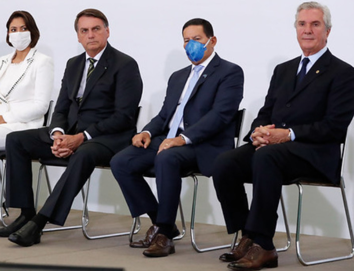 Collor agora assessora Bolsonaro em questões econômicas
