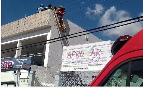 SERTÃO: Jovem é resgatado por Bombeiros após receber descarga elétrica em Santana do Ipanema