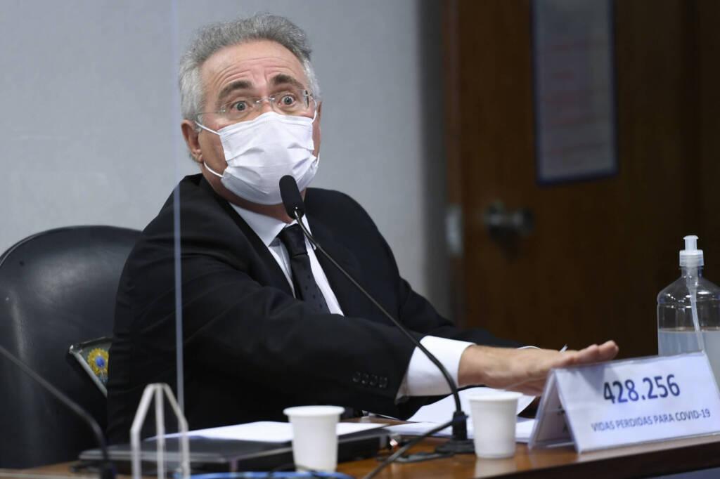 """CPI tem provas de que Bolsonaro se reunia diariamente com """"gabinete paralelo"""", diz Renan"""