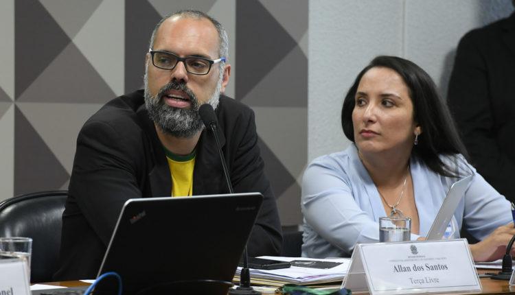 Deputados usaram site de fake news para pressionar Rodrigo Maia, indica TV