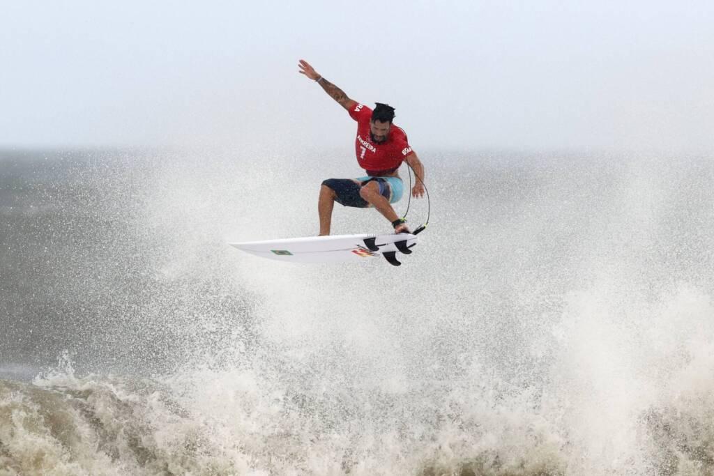 VÍDEO: Nordestino de Baía Formosa, Ítalo Ferreira é ouro no surfe em Tóquio
