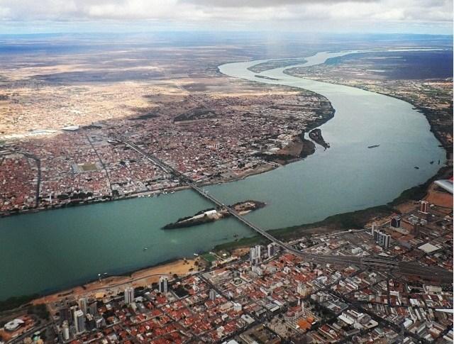 DESTRUIÇÃO IRREVERSÍVEL JF determina paralisação de extração de areia em ilha no rio São Francisco