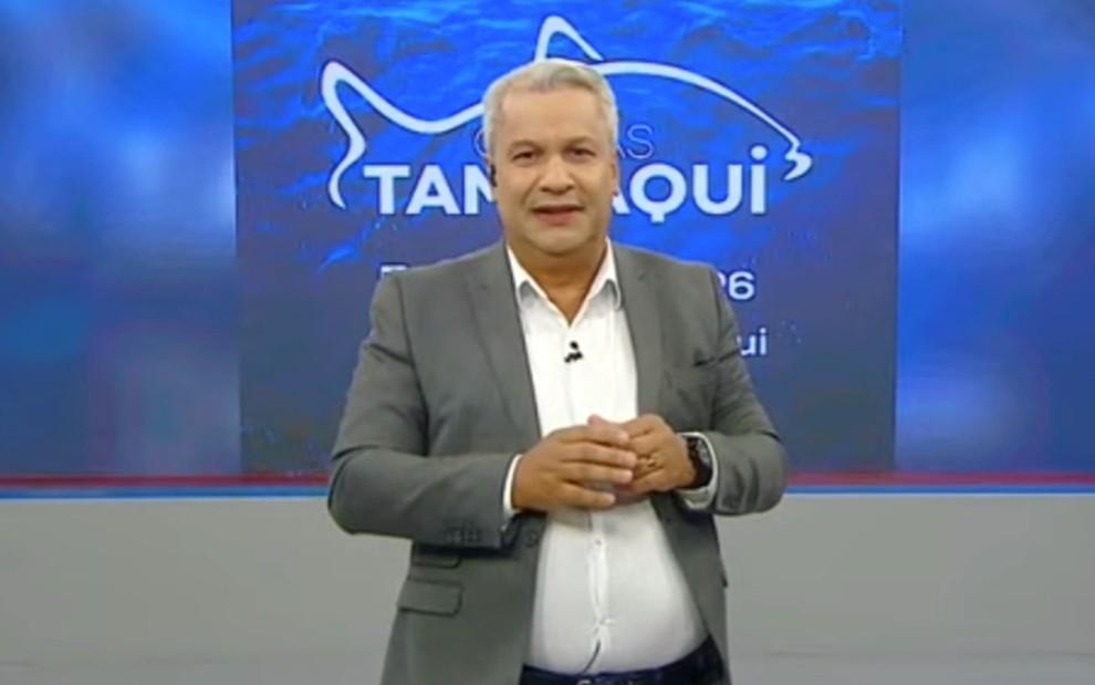 """Sikêra Jr. cria anunciante falso pra fazer """"pegadinha"""" com detratores"""