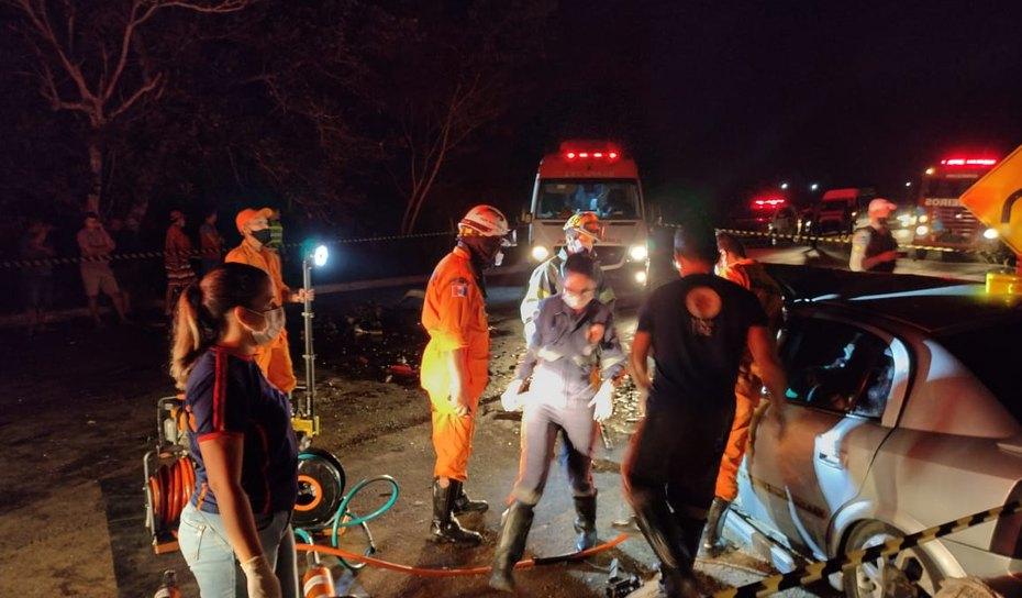 AGRESTE:  Acidente envolvendo três carros deixa um morto na rodovia AL- 101