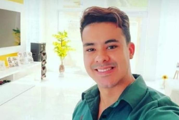 Morre aos 29 anos o professor santanense Alexandre Ricard Silva Santos